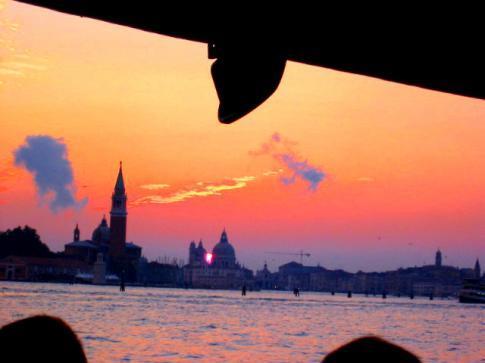 HAMRAHI à Venise